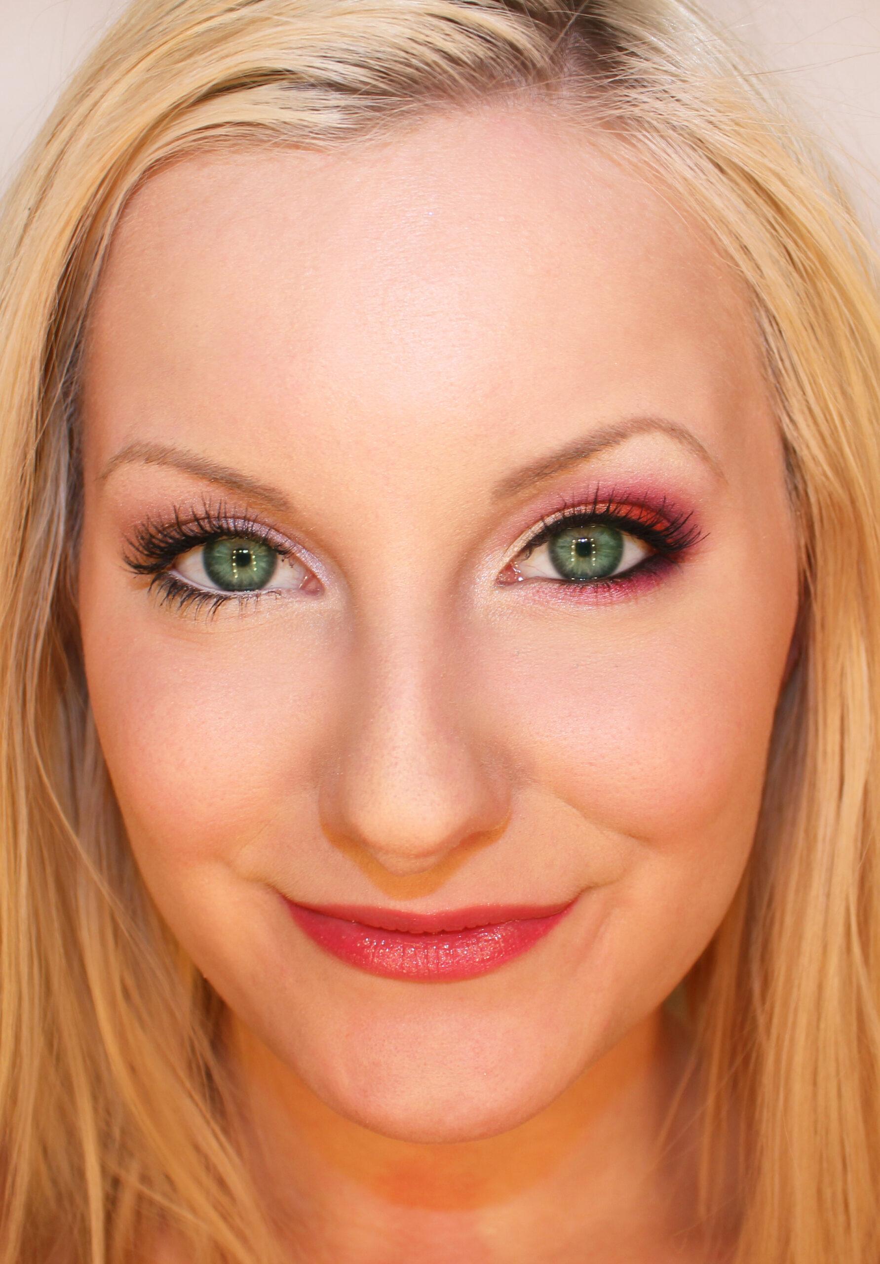 hur framhäver man gröna ögon