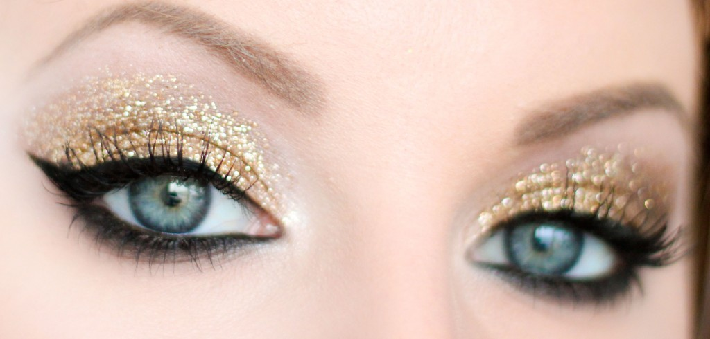 Gold glitter New Year's make-up