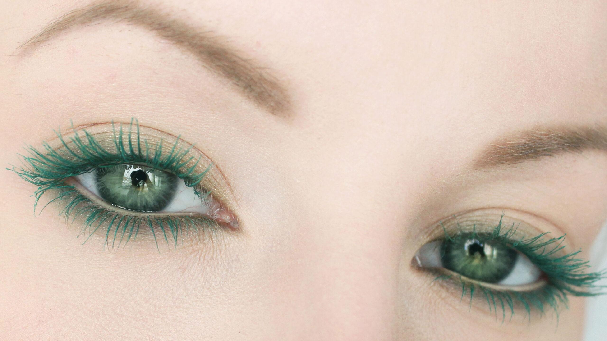 grön bruna ögon