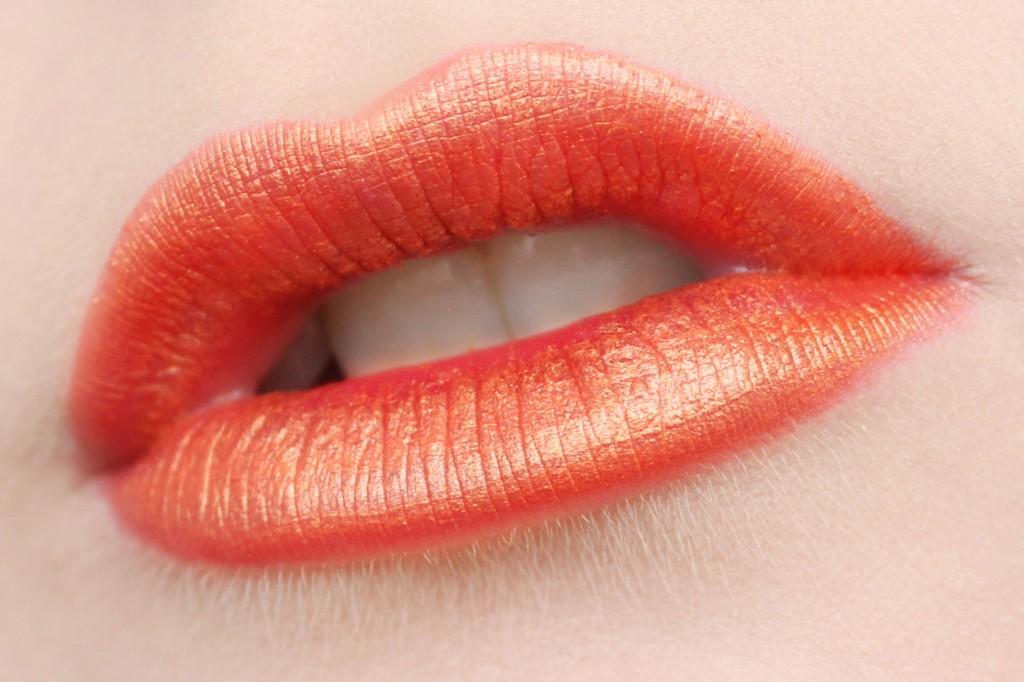 orange-läppstift