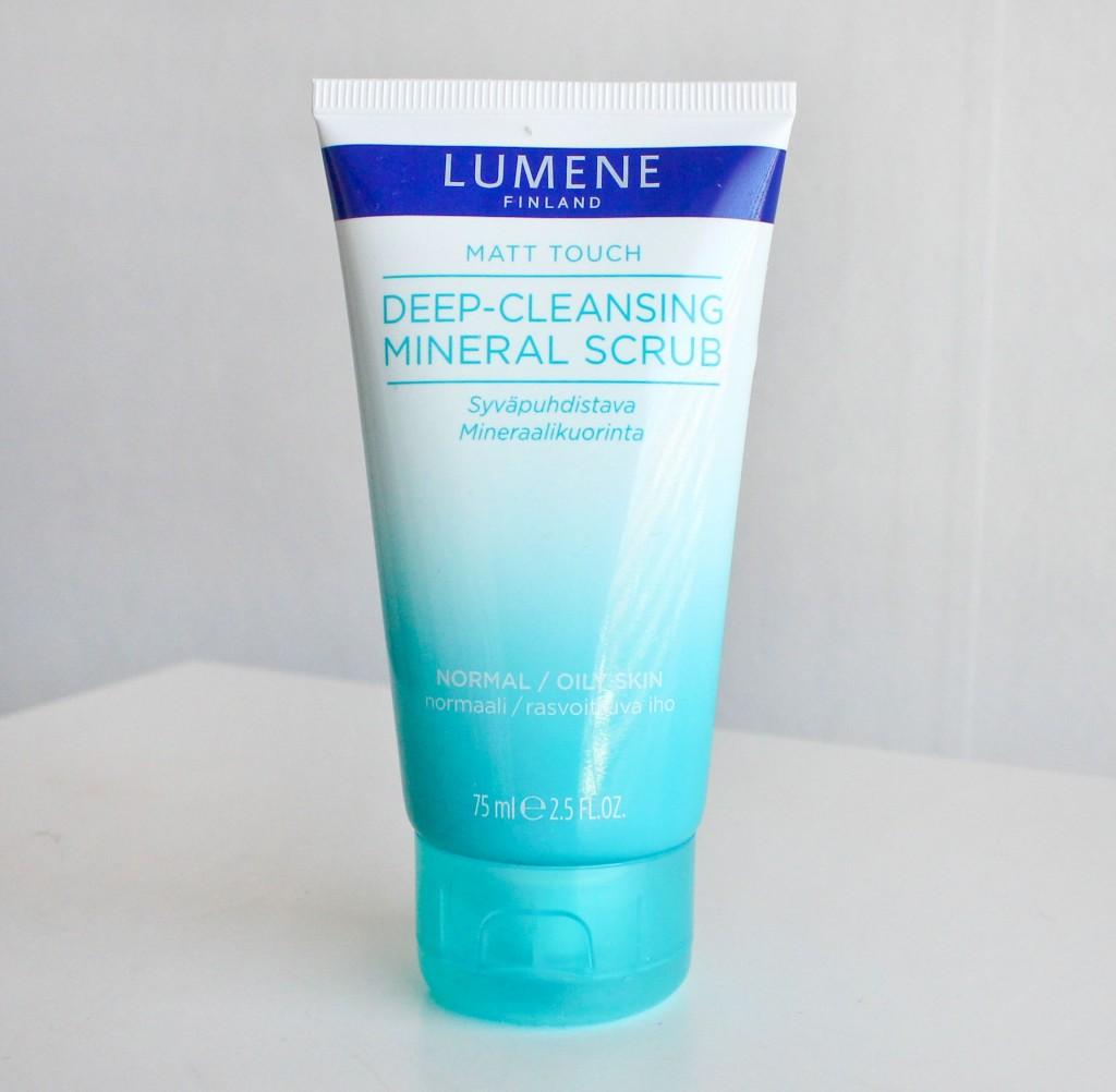 lumene-matt-touch-mineral-scrub
