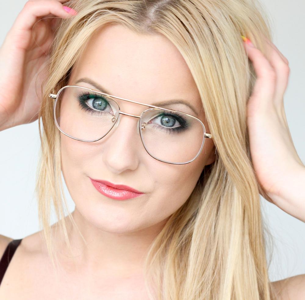 consejos de maquillaje para marcos de anteojos