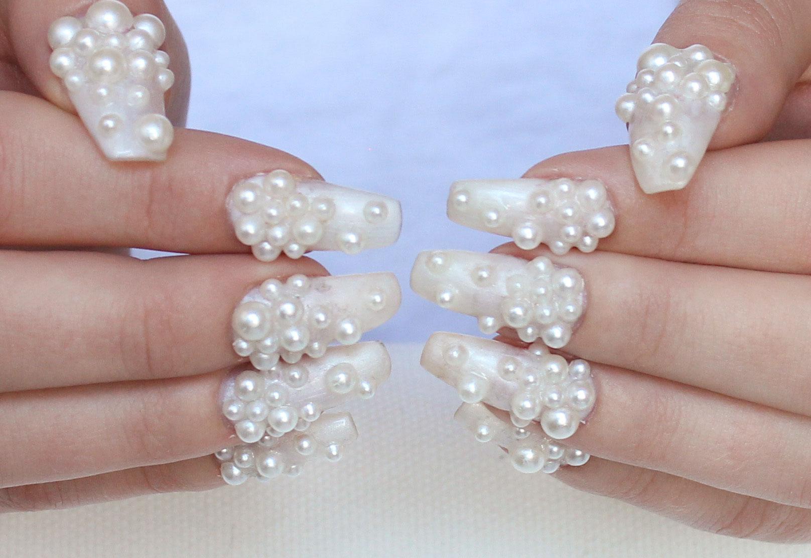 pärlor till naglar