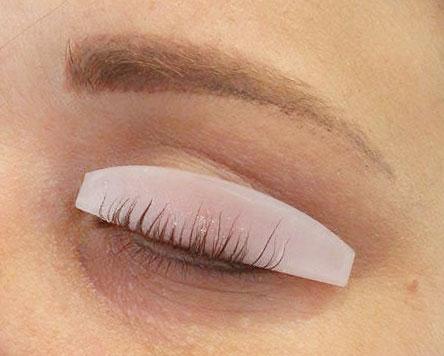permanenta-ögonfransarna