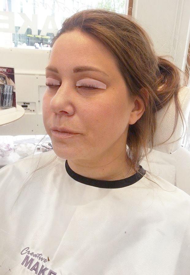 permanent böjning av ögonfransar