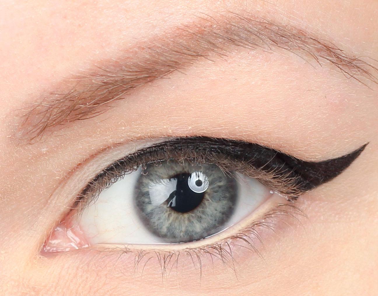 eyeliner-hooded-eyes_111 copy