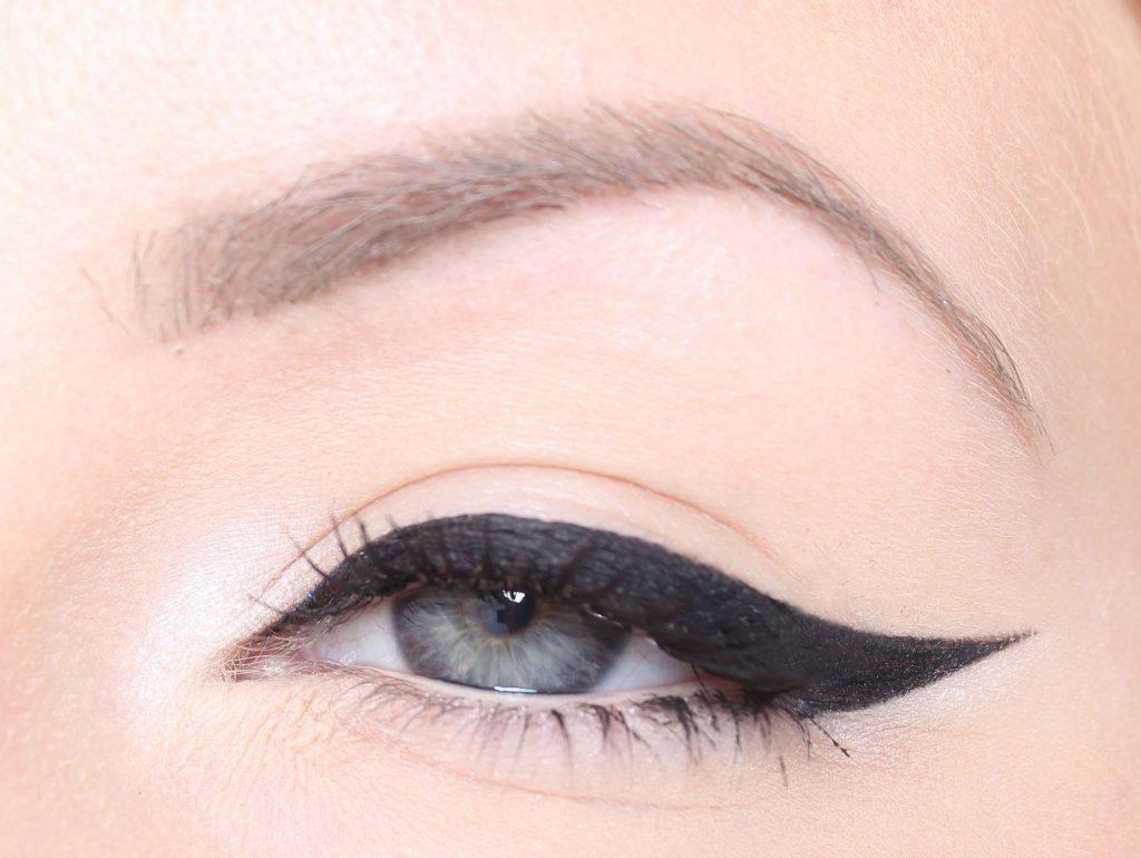 Eyeliner tutorial - Hur lägger man eyeliner?