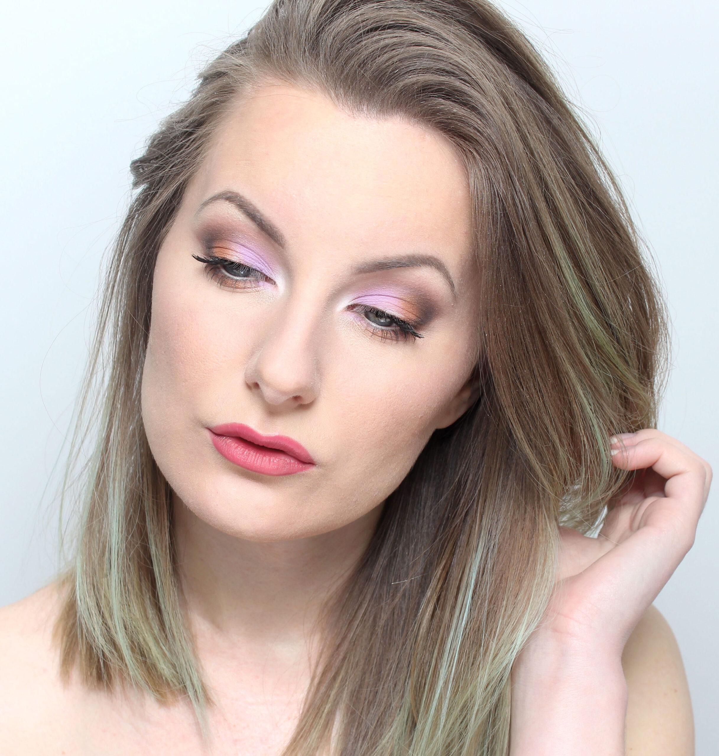 Maquillaje colorido brillante