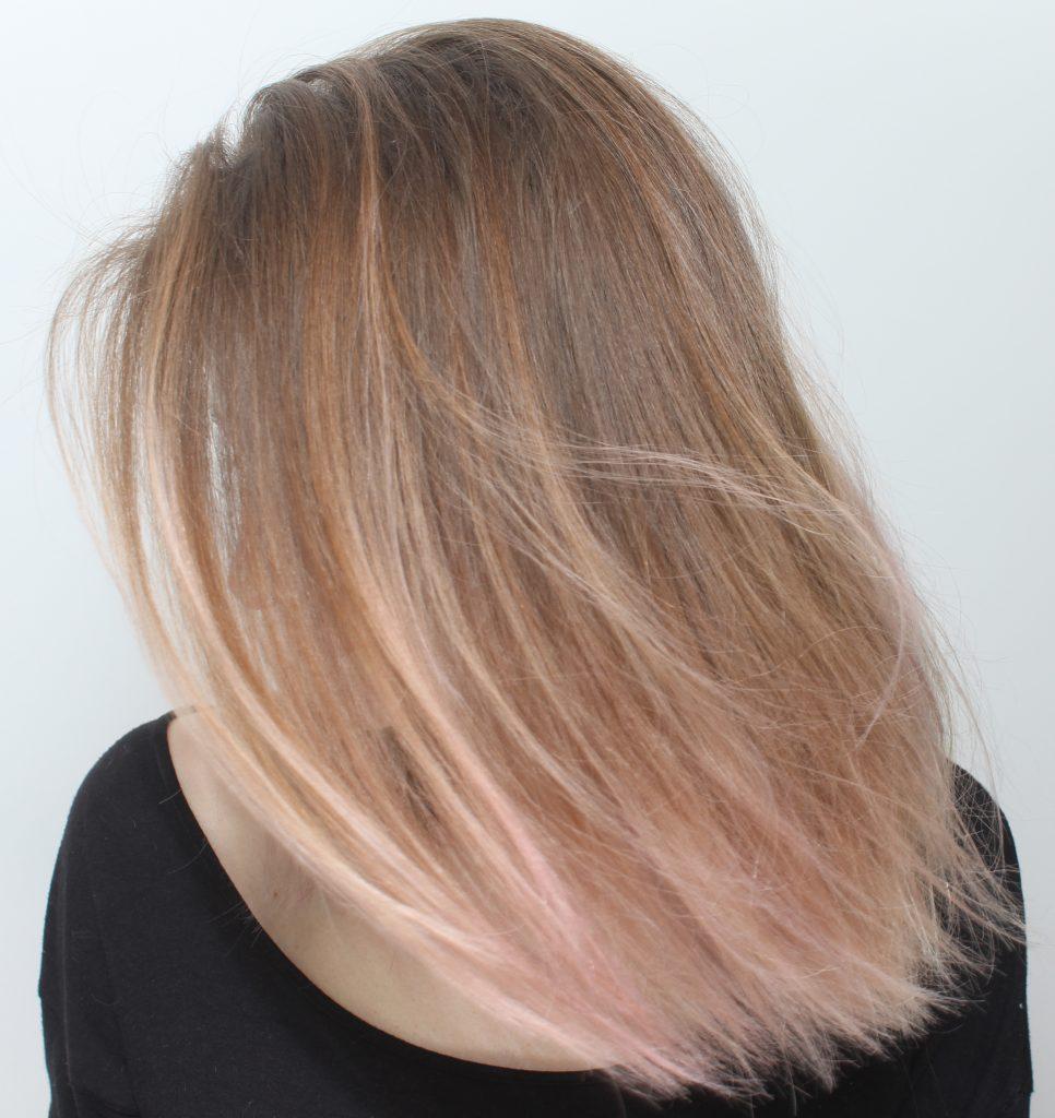 få bort lila hårfärg