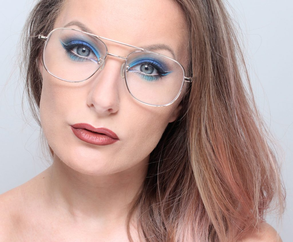 5 makeup tips for glasses