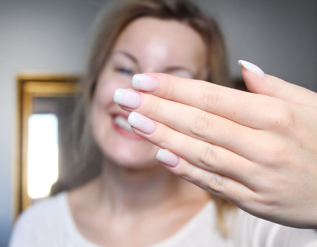 Make acrylic nails on yourself (Step by step)