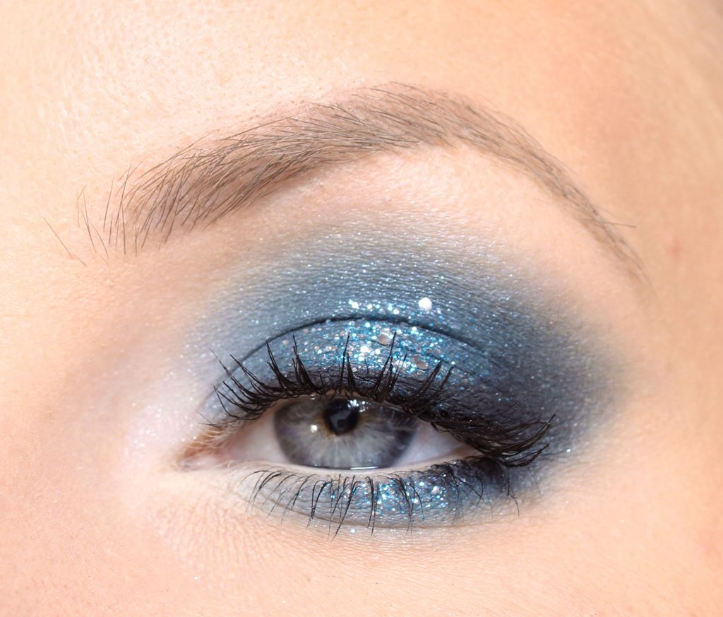 winter make-up and Christmas make-up with glitter