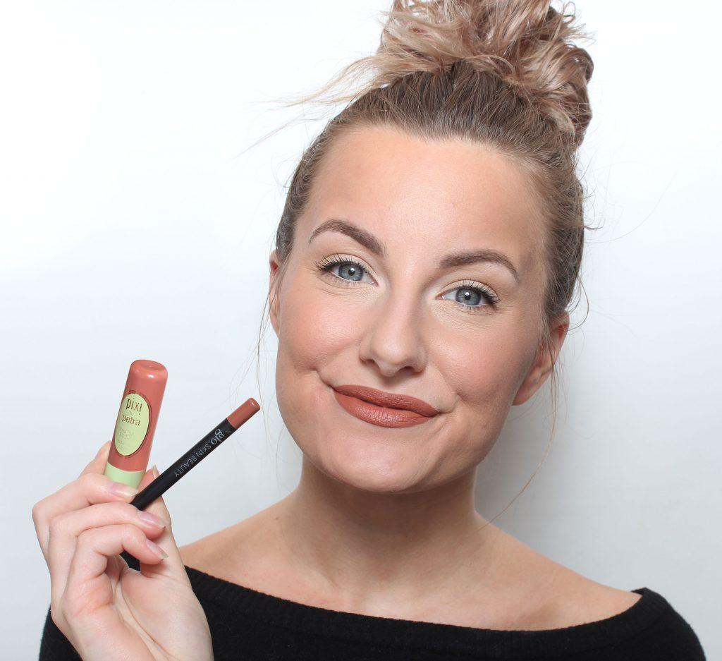 makeup larger lips tips