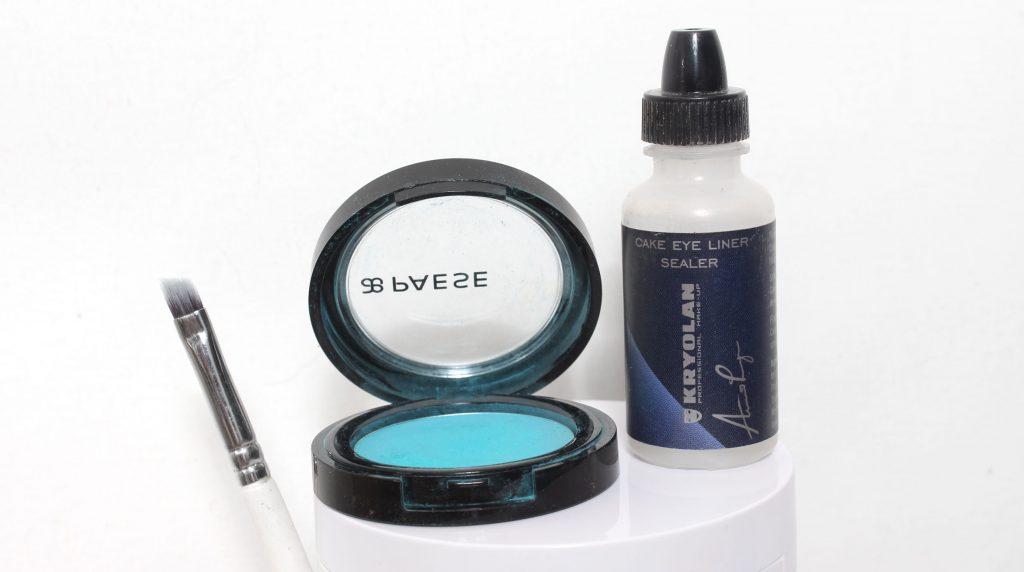DIY - Färgglad mascara, jättefint på underfransarna!