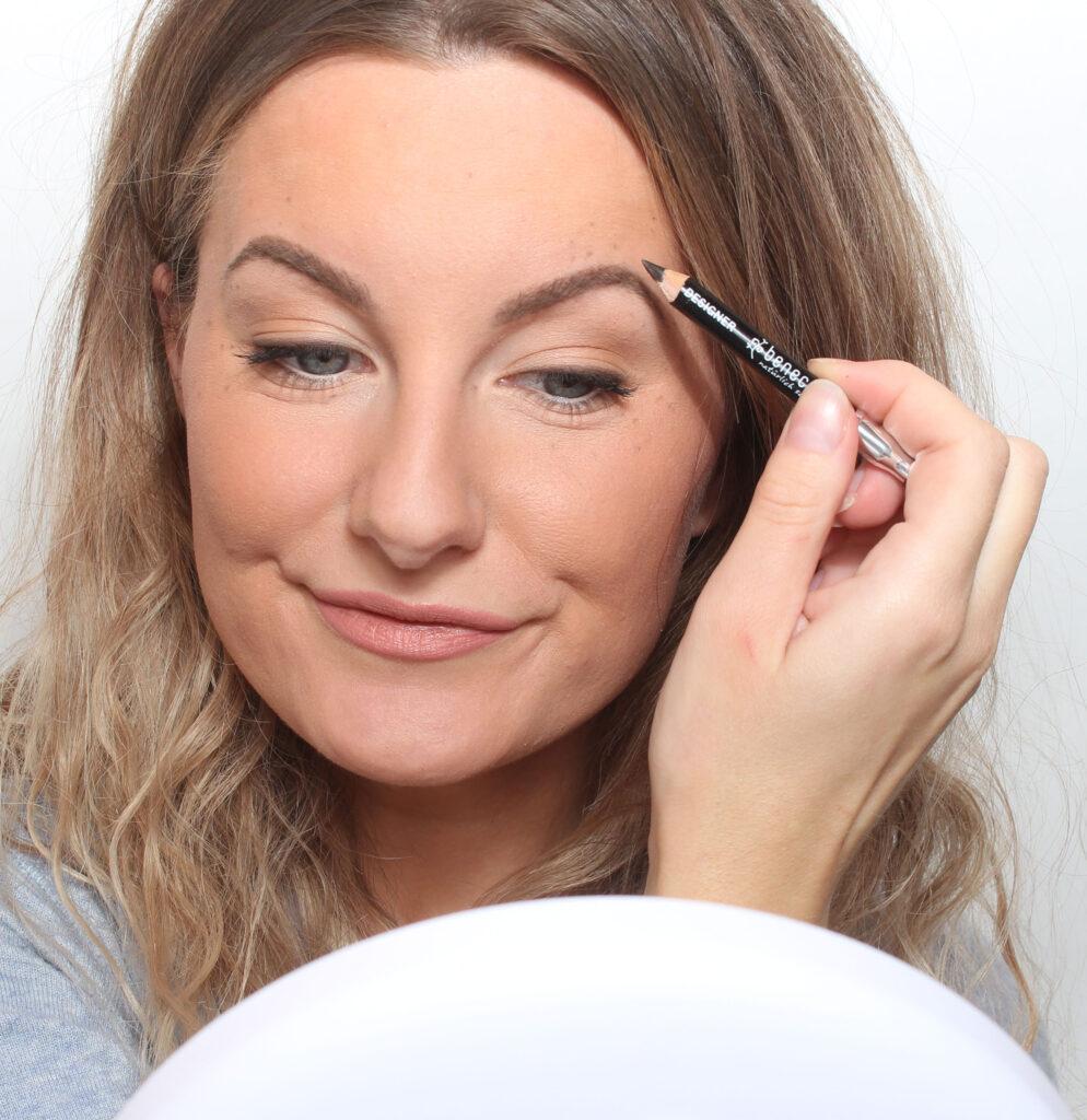 makeup freckles brow bones
