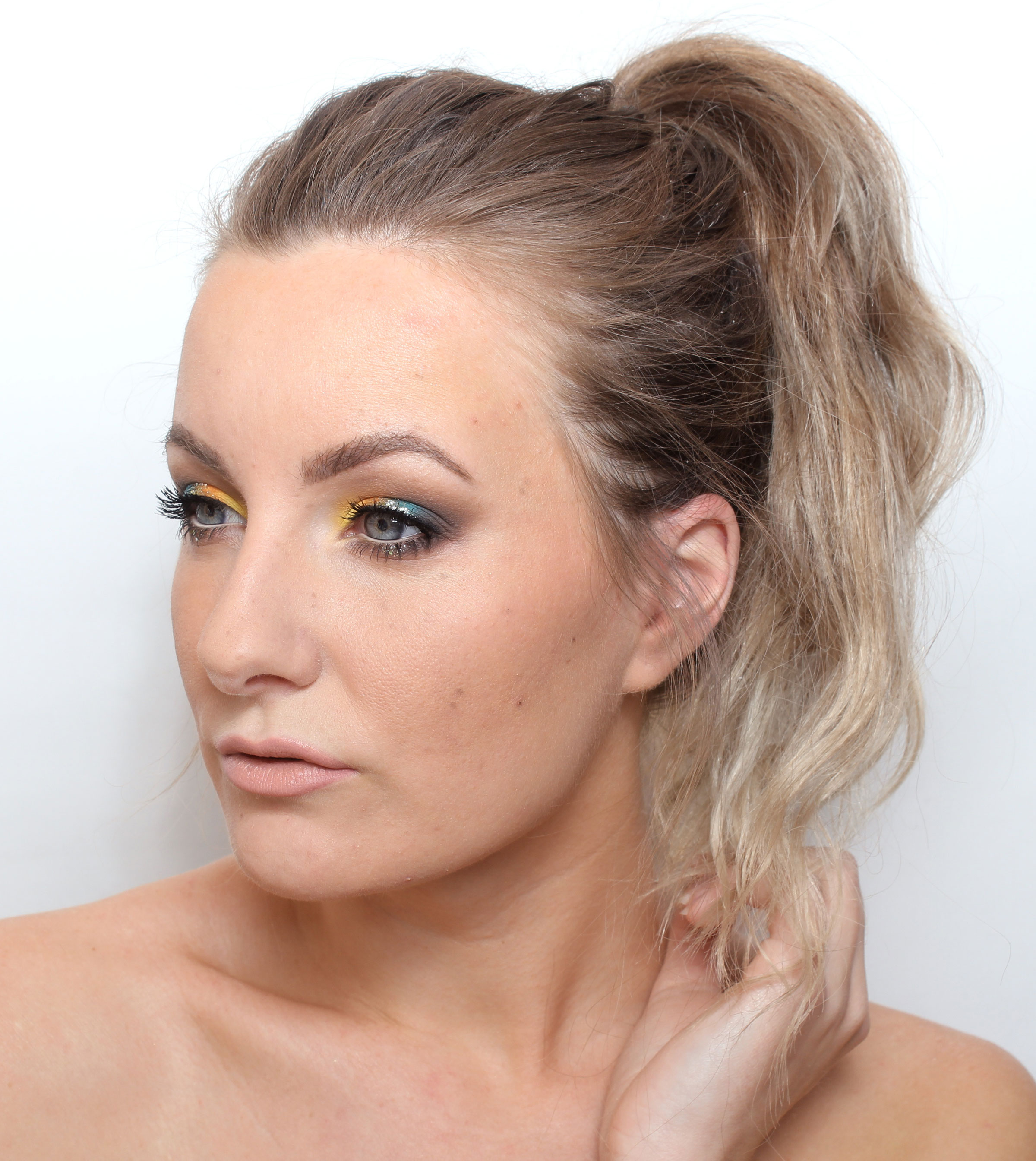 makeup with natural glitter