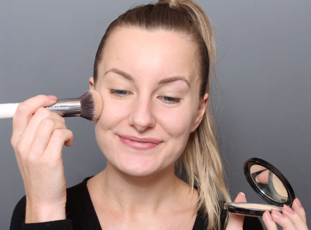 mineral foundation application