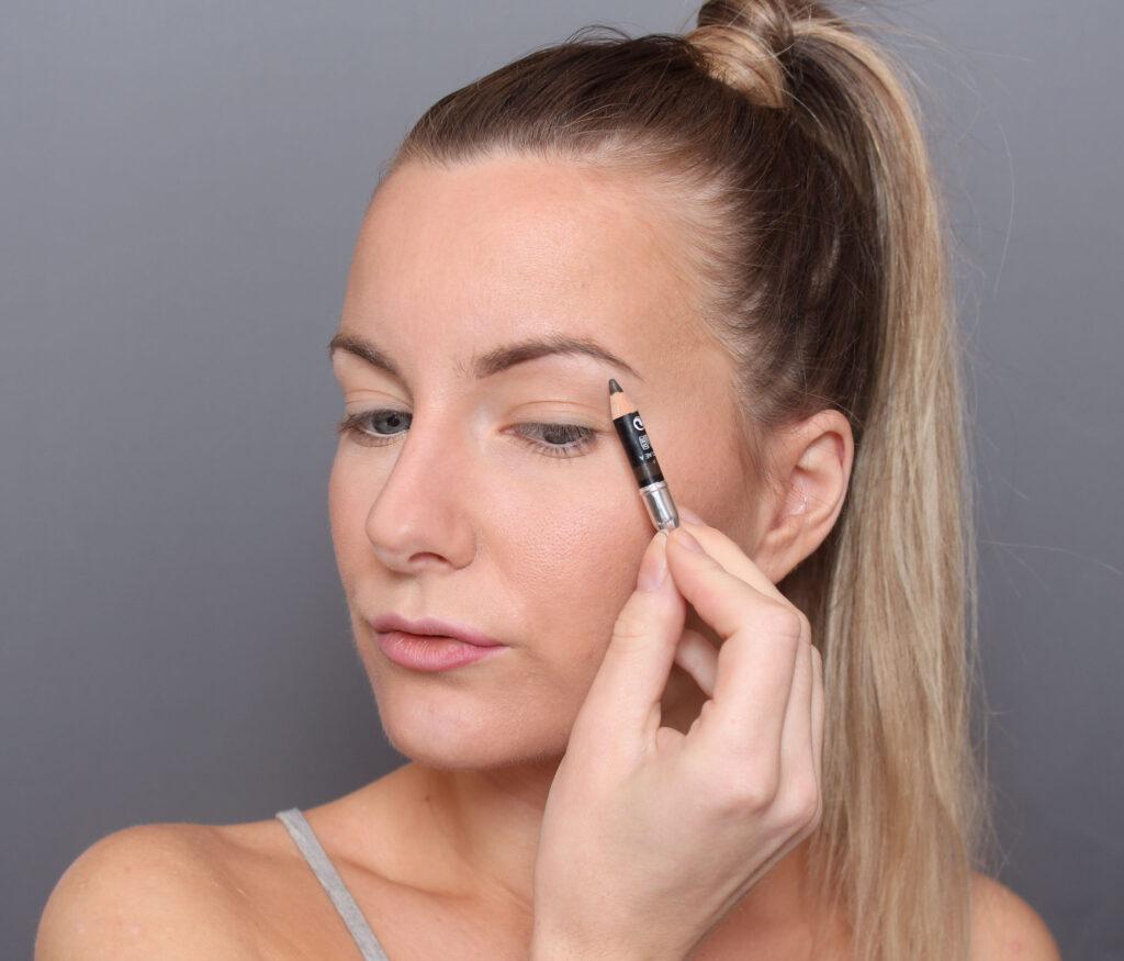 lápiz de cejas maquillaje orgánico de cejas
