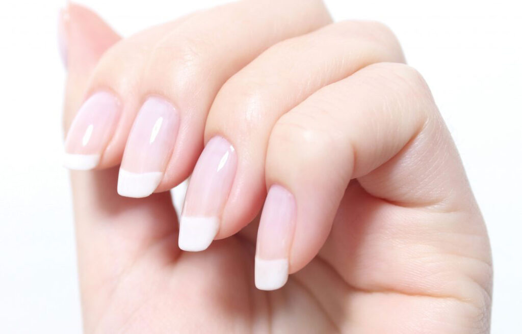 natural nails, french manicure, at home, on himself, fine, long, grow