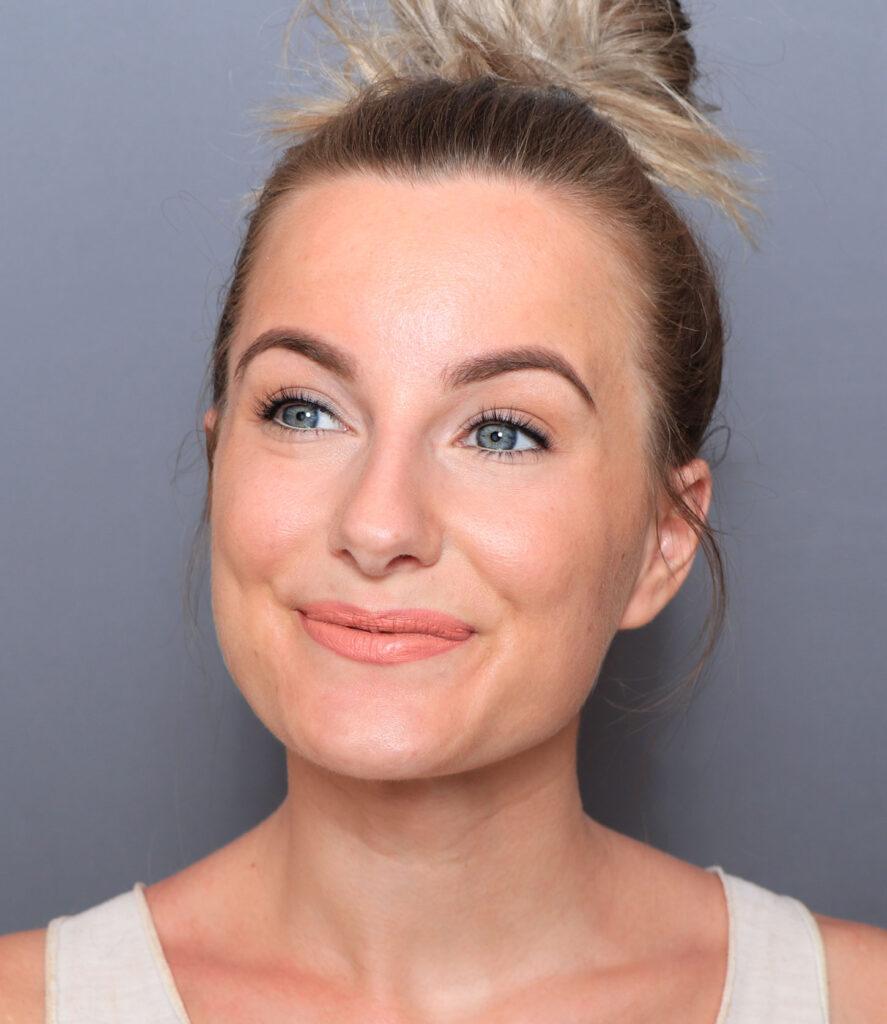 sommar smink tips tatuera eyeliner, ögonfransfärg