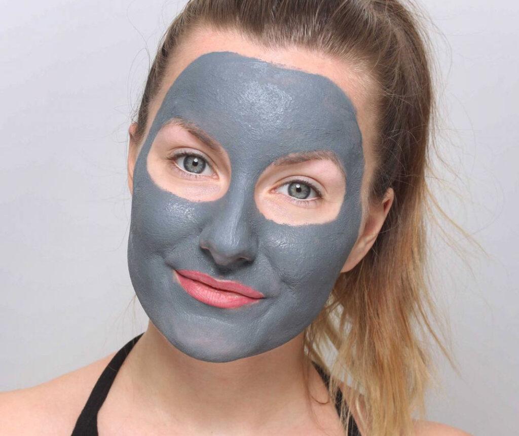 mascarilla facial poros, mascarilla de arcilla, belleza indy, poros dilatados, poros dilatados, puntos negros, puntos negros, ¿qué son los poros? poros en la nariz, exprimiendo los puntos negros, ¿cómo deshacerse de los puntos negros? vaciado de granada, en casa, encoge los poros dilatados, poros dilatados, poros faciales, abre, poros, poros obstruidos, reduce los poros dilatados