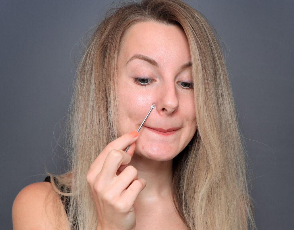 herramienta para espinillas, herramienta para el cuidado de la piel pinza para poros, pinza para poros, pinza para poros, poros vacíos, vaciado de poros, en casa, poros dilatados, poros dilatados, espinillas, espinillas, ¿qué son los poros? poros en la nariz, exprimiendo los puntos negros, ¿cómo deshacerse de los puntos negros? vaciado de granada, en casa, encoge los poros dilatados, poros dilatados, poros faciales, abre, poros, poros obstruidos, reduce los poros dilatados